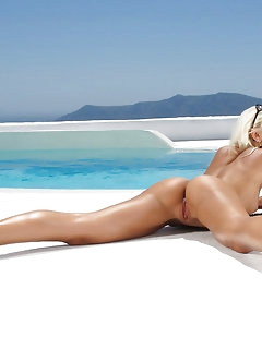 Naked Babes Poolside
