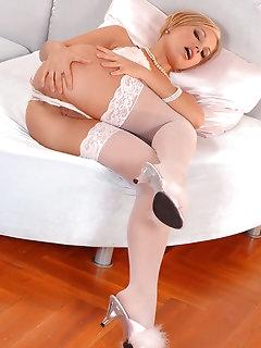Wanking Pussy Pics